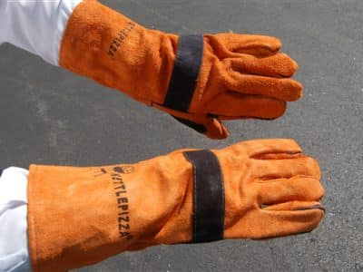 KPGG - KettlePizza Leather Grill Gloves - Orange and Black $24.95 Value